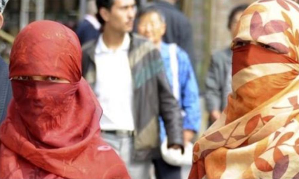 Rezim Cina Paksa Muslimah Uighur Tinggal Bersama Pria Lain